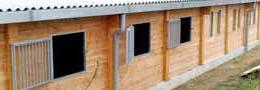 Constructeur specialiste en barns et écurie